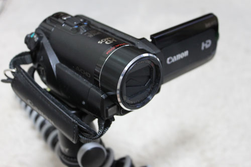 canon iVIS HF21