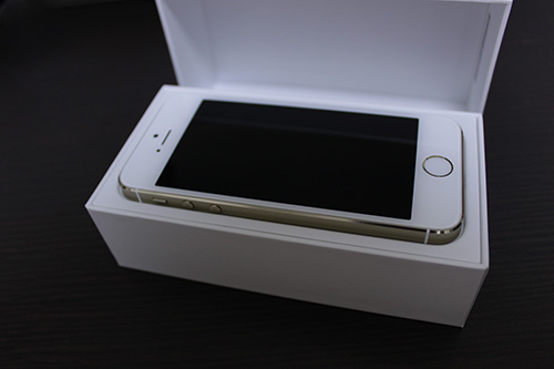 iPhone 5s 64GB ゴールド